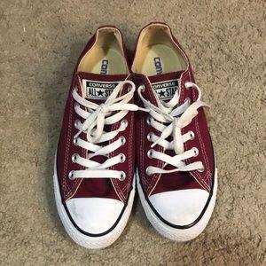 Converse: Maroon low tops